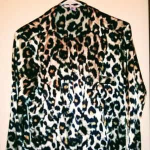 Victoria Secrets cheetah small silk pj set